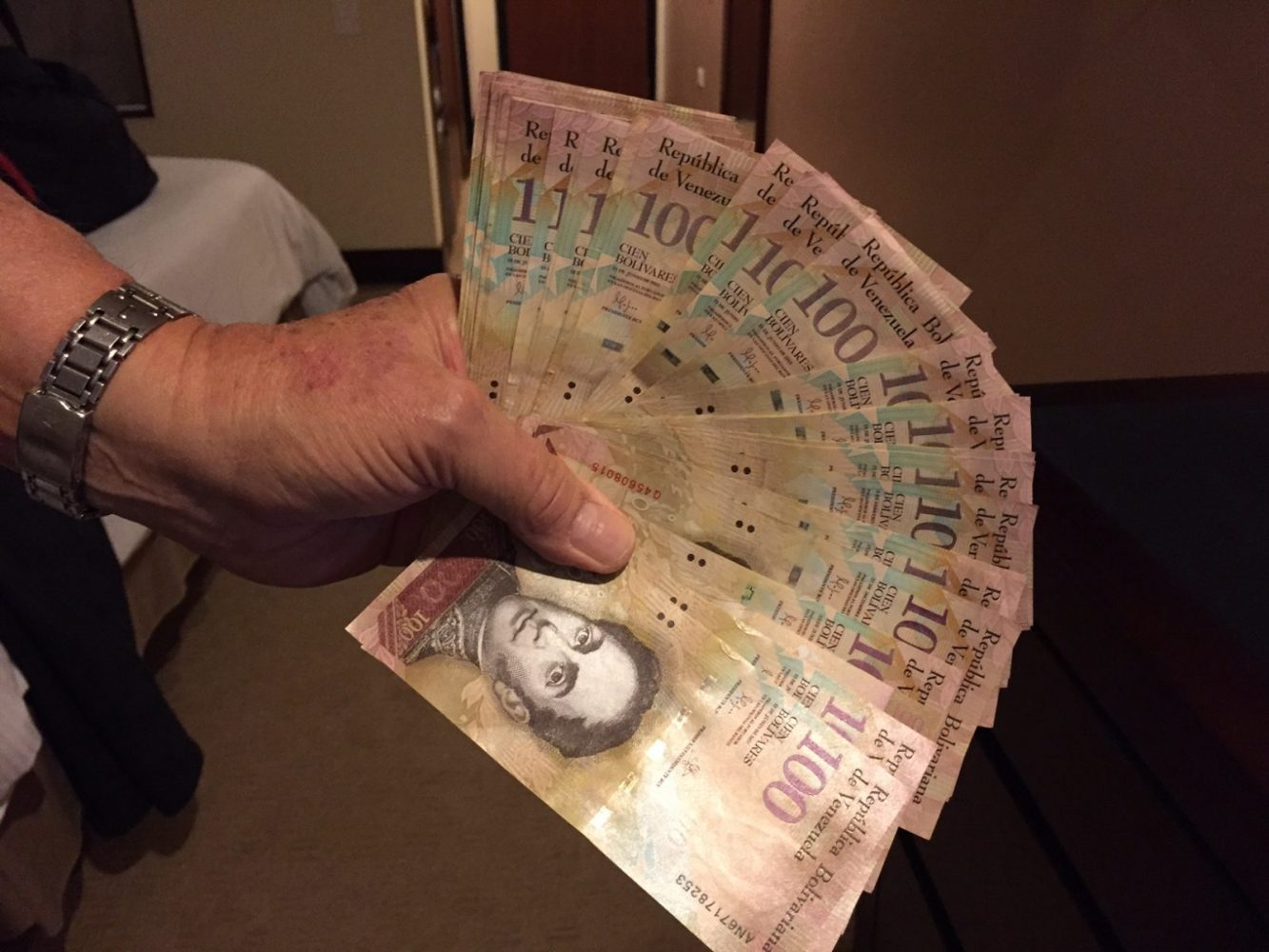 Venezuela Bolivars, Frequent Flyer Points