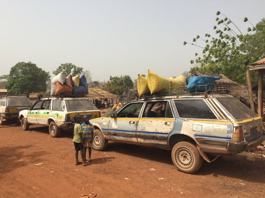 Bus / Taxis in Guinea, West Africa