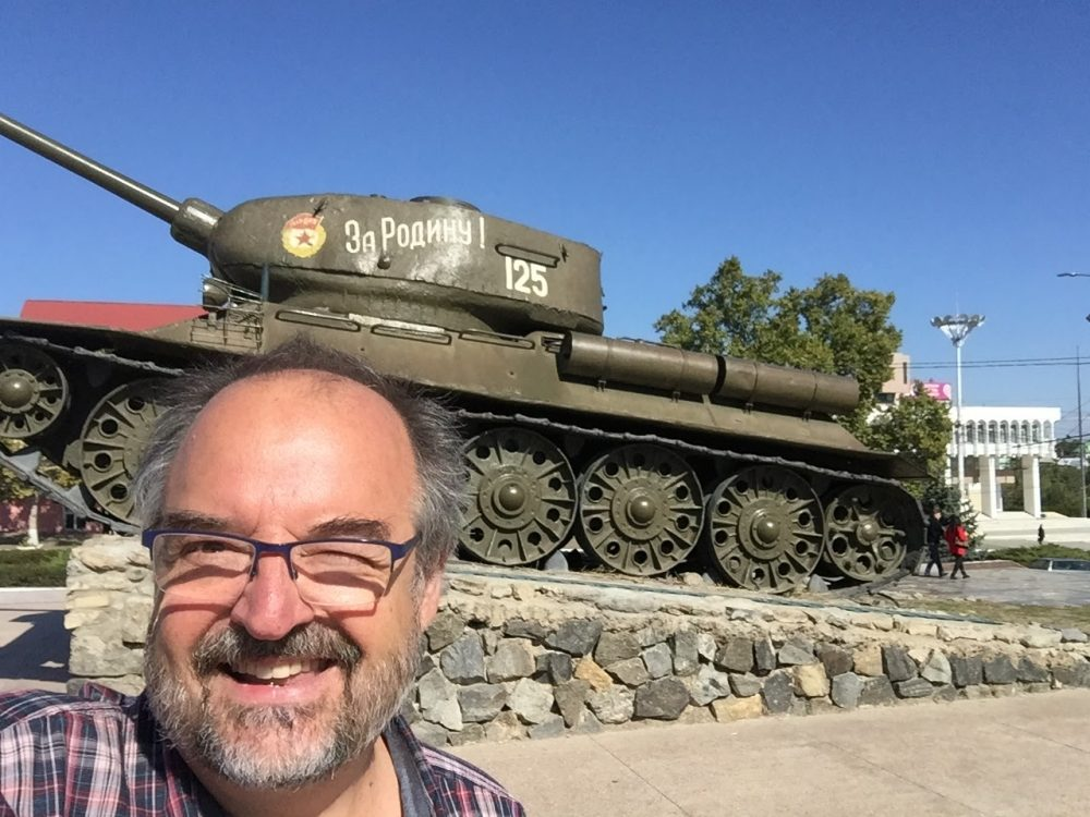 "The inevitable ""selfie with a tank"""