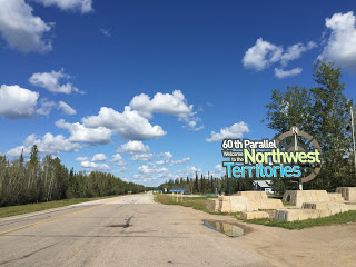 Driving, Yellowhead, Prairies, Northwest Territories